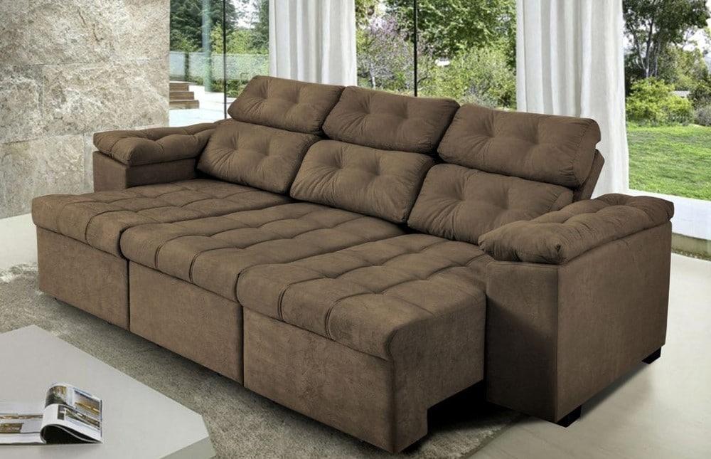 sofá marrom