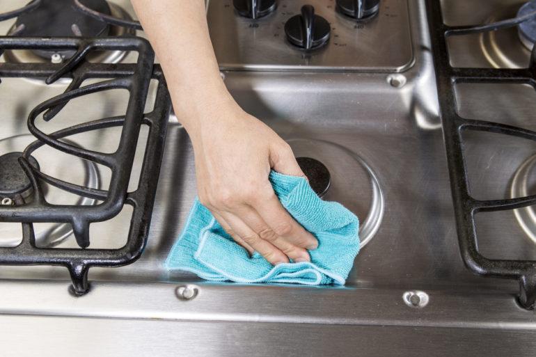 aprenda a limpar o fogão