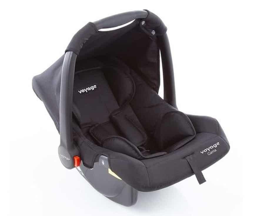 bebe-conforto-viagem-de-carro-com-a-família