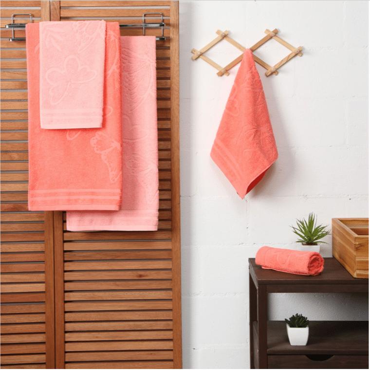 jogo de toalha de banho decoração