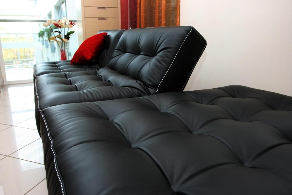 sofá-cama aberto