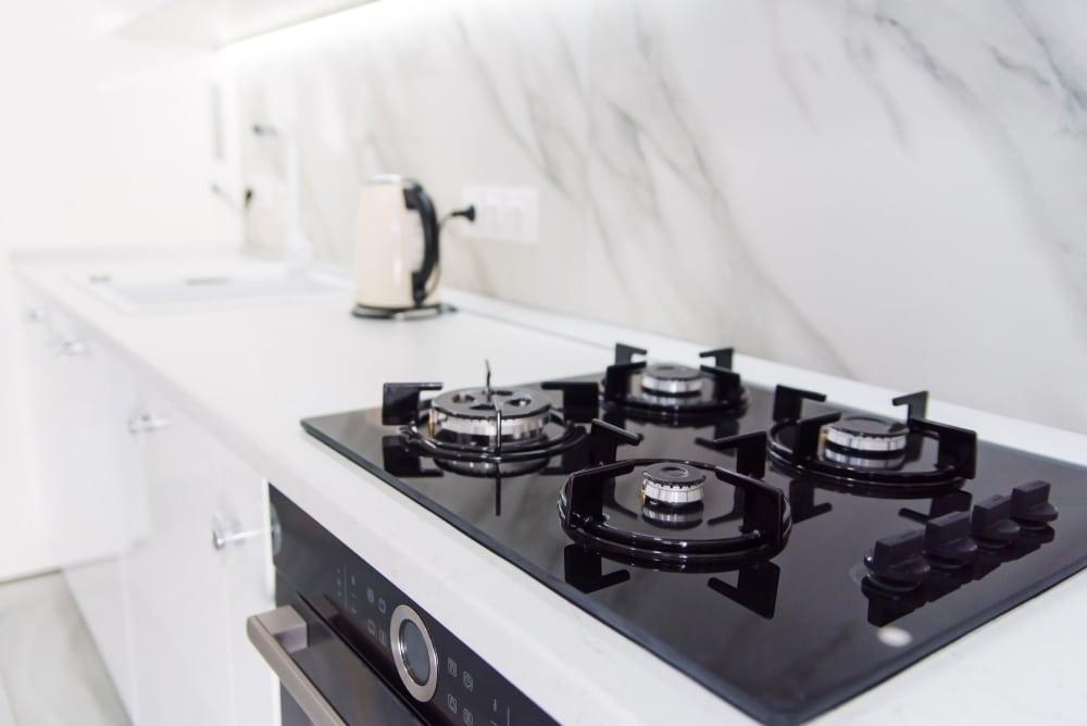 fogão 4 bocas na cozinha