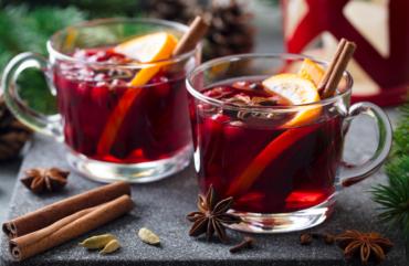 quentão de vinho com toque de laranja