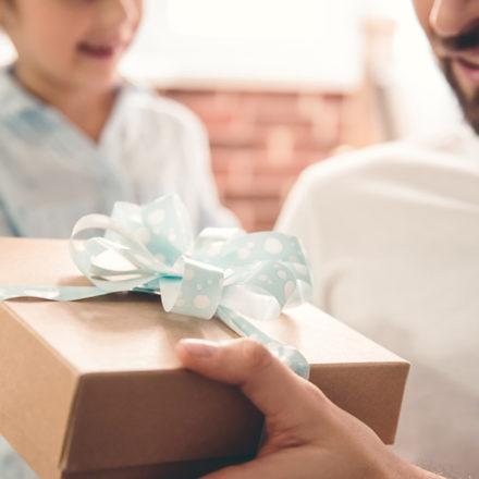 O que dar de presente para o dia dos pais? Vem conferir essa lista para não errar na escolha
