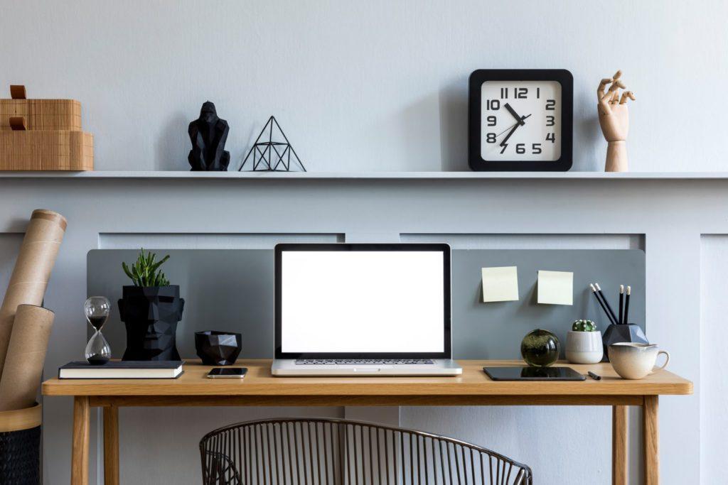 mesa-para-montar-um-escritorio.